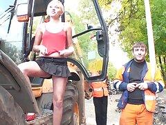 ممارسة سكسي امهات روسي الجنس مع امرأة سمراء كلوديا فيراري في جوارب حمراء